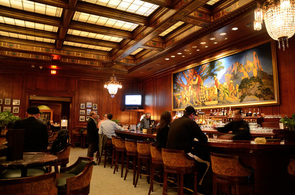 The Palace Hotel's Pied Piper Bar & Grill