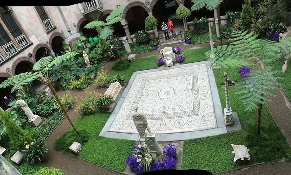 Modeled after a Venetian palazzo, the self-guided tour of the Isabella Stewart Garnder Museum is striking | WhereTraveler