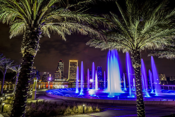 Friendship Fountain - things to do and see in Jacksonville