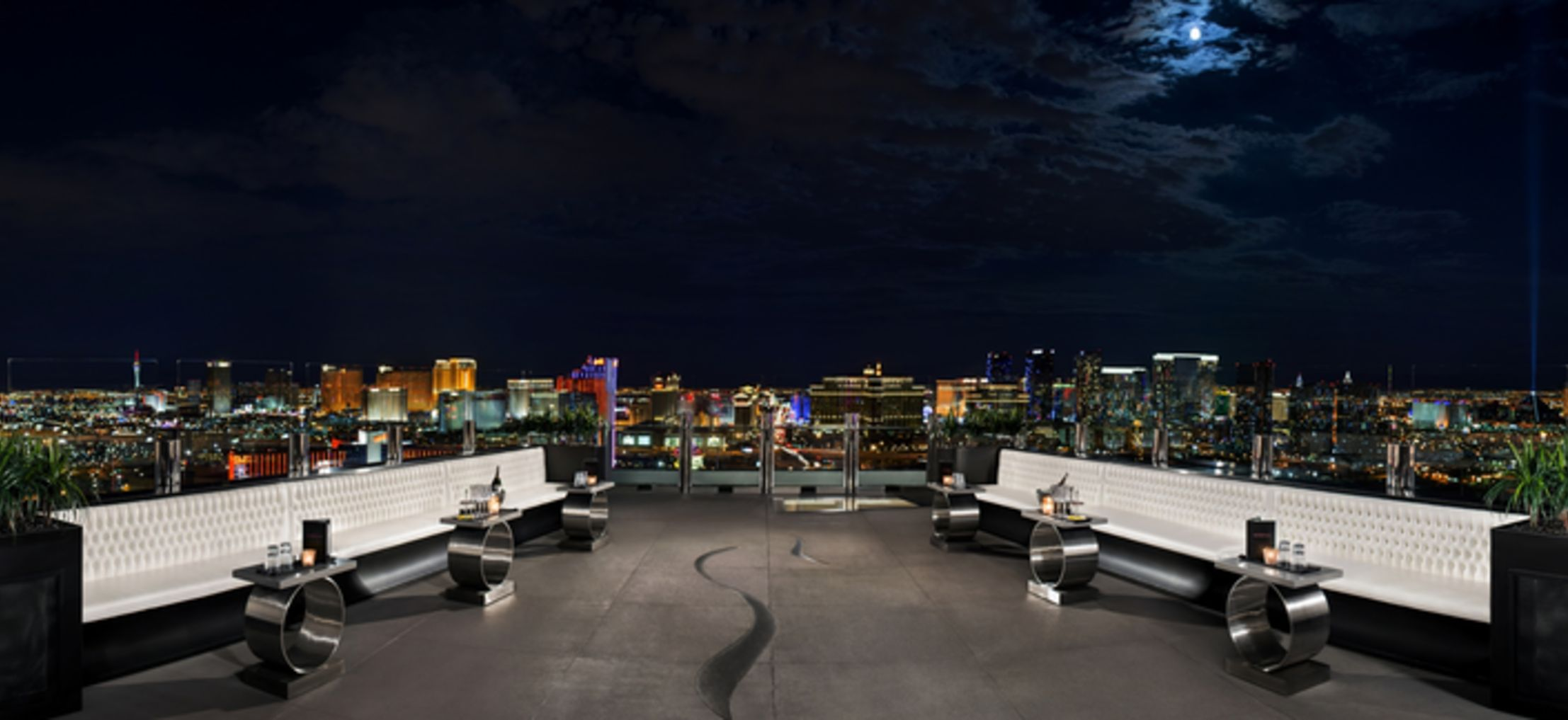 Las Vegas' Best Rooftop Bars and Lounges | WhereTraveler