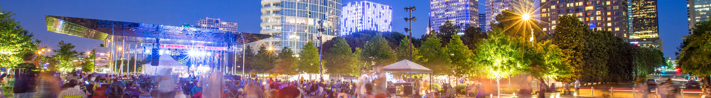 Things to do in Dallas - Downtown park at night