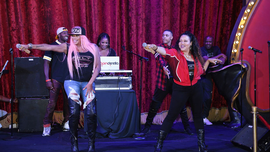 Salt N Pepa on stage