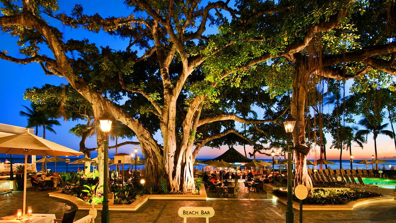 Moana Surfrider Beach Bar