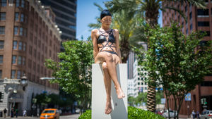 "Carol Feuerman's eye-catching ""Kendall"" sculpture in New Orleans, Louisiana"