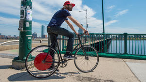 The Copenhagen Wheel on Harvard Bridge